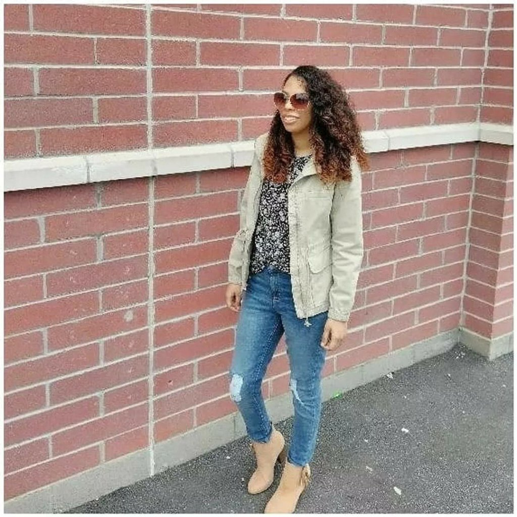 Casual military field jacket outfit
